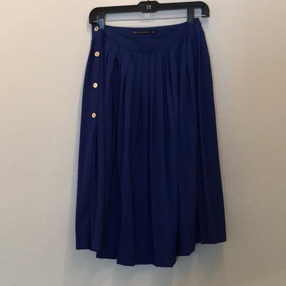 5c7c6d005b Zara Royal Blue Pleated Midi Skirt. M_5b47718cbb7615e6c726f262